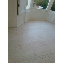 DC008 kit (b). Faxe Universal Lye & Faxe Colour Oil Extra White floor kit, 0 to 15m2 Work by hand.     (DC)